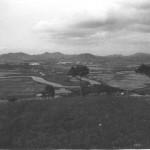 The border ran along the Shum Chun River below.
